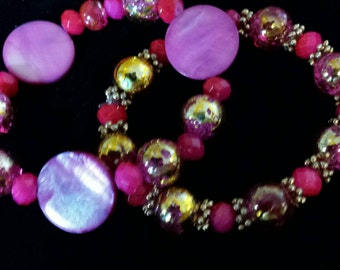 Set of 2 Hot Pink & gold tone Glass Beaded Bracelets