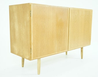 307-153 SALE! Danish Mid Century Modern Oak Sideboard Credenza Buffet Cabinet