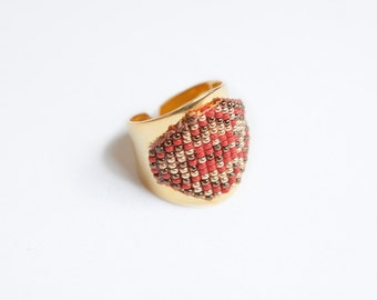 Matoaka Ring #003 / RING brass, beads woven, handmade to order