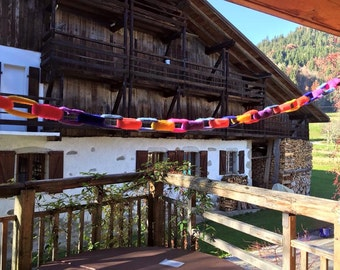 Knitted paper chains