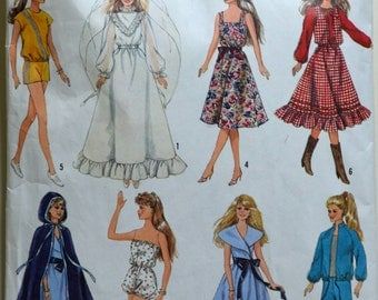 """1980s Simplicity Vintage Sewing Pattern 8333; Wardrobe for 11.5"""" dolls such as Barbie and 12.5"""" Dolls"""