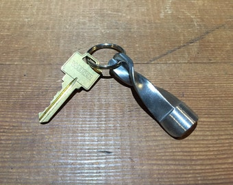 Twisted Epee Keychain