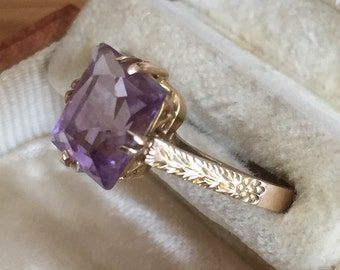 Vintage 9ct gold Amethyst ring