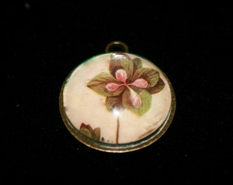 Pink and Green Flower Medallion