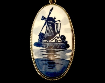 Sterling Silver Dutch Pendant