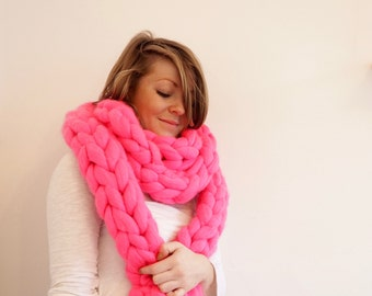 Pink Super Chunky Wool Hand-Knit Scarf