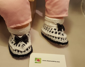 Black and White sandals, baby booties baby shoes, baby boots,baby slippers,baby gift, knitted baby booties, baby shower, newborn, babyshower