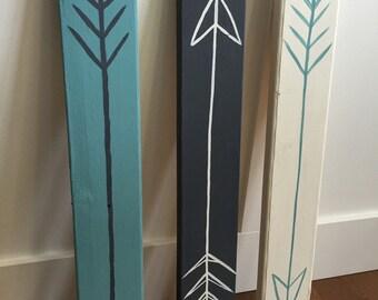 Set of 3 wooden arrow signs