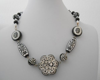 black and white spanish style necklace