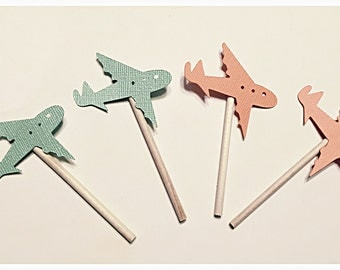 Plane cupcake toppers
