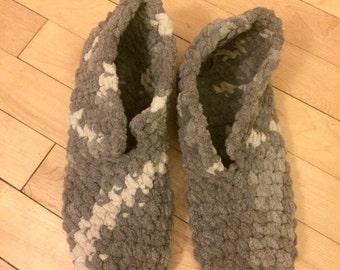 ANTOINETTE / Fuzzy, Super Soft Crochet House Slippers