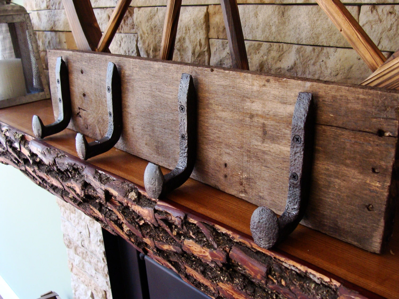 Coat rack railroad rail road spike rack coat storage - Perchero para sombreros ...