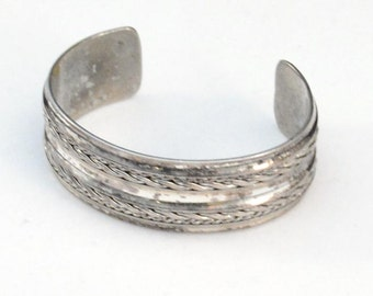 Vintage Silver Plated Cuff Bracelet.. Woven Rope Design         J316
