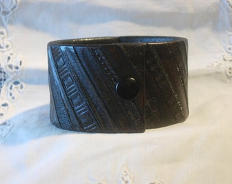 "Leather Cuff Bracelet ""Hash Marks"""