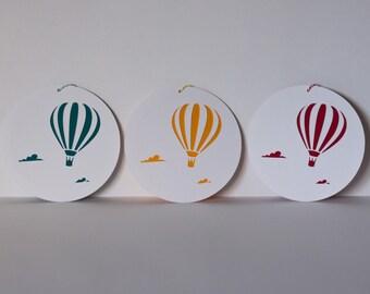 Hot air ballon round card