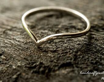 9ct/14ct/18ct White Gold Stacking Ring, Wishbone Wedding Band, 1.5mm thin D shape band