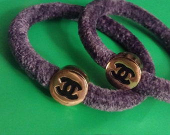 1 CASHMERE CHANEL HAIRTIES