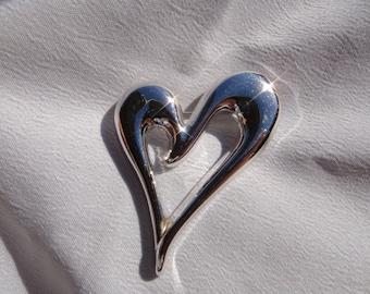 vintage MONET BROOCH Silver tone Modernist Mint heart pin signed brooch , vintage heart brooch