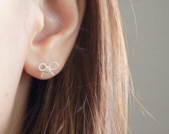 Silver Bow Stud Earrings, Bow Stud Earrings, Ribbon Earrings, Bow Earrings, Bridesmaid Gift, Bridesmaid Earrings, Tiny Bow Earrings