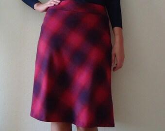Vintage Women's Skirt Tartan Skirt Plaid Skirt Checkered Skirt A-line Skirt Midi Skirt Pink Purple Skirt Lady Like Skirt Medium Size