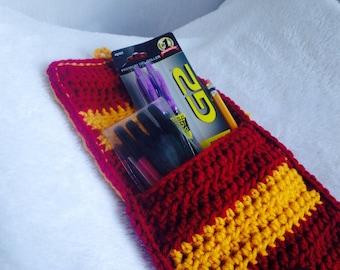 Crochet PATTERN - pencil pouch crochet pattern, crochet pencil case pattern, back to school crochet, beginner crochet pattern, kids crochet