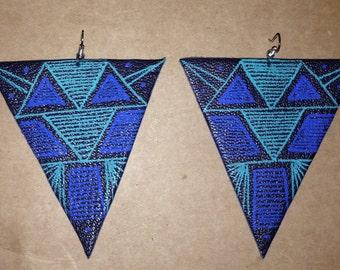 Triangular earrings leather
