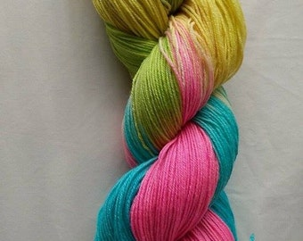 merino/ nylon 4ply sock yarn