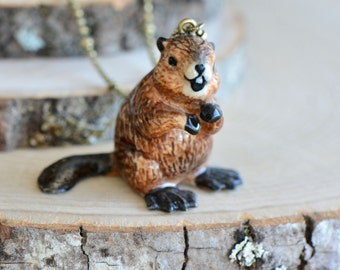 Hand Painted Porcelain Beaver Necklace, Antique Bronze Chain, Vintage Style Otter, Ceramic Animal Pendant & Chain (CA037)