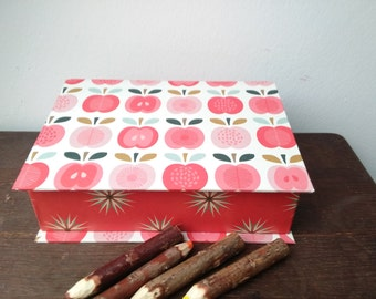 """Pencil with hinged lid, jewelry box for children """"apples"""", casket red, Folding box"""