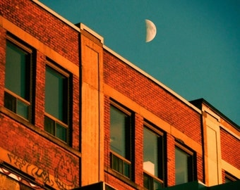 Moon over Mile End