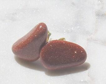 Natural Goldstone polished stud earrings 12-14mm