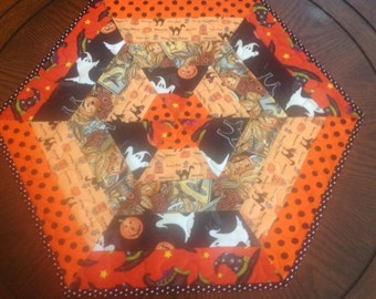 Quilted Fall/Halloween Table Mat