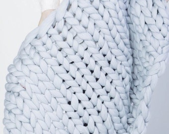 "Medium Super Chunky Blanket, Chunky Knit Blanket, Super Bulky Blanket, Cozy throw. 40""x60"". Merino wool. PROMO Price YourYarn"