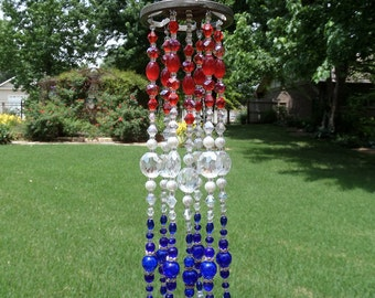 Sun Catcher, Suncatcher, Crystal Sun Catcher, Beaded Sun Catcher, Wind Chime, Glass Sun Catcher, Garden Art, Garden Decor, Yard Art