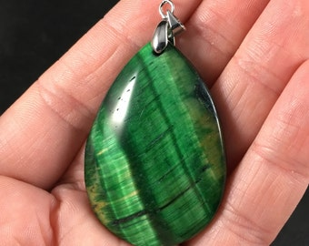 Stunning Green Tiger's Eye Stone Pendant Necklace