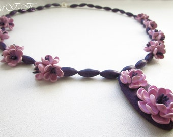 Beaded necklace «»