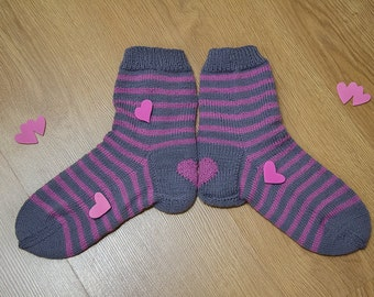 Hand knit socks with hearts on heel.  Washable socks. Womens socks.