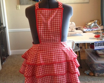 Picnic Apron with white bow