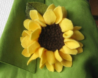 Sunny All Day Wool Pin