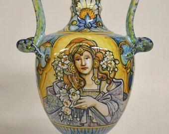 Art Nouveau Amphora Liberty A2