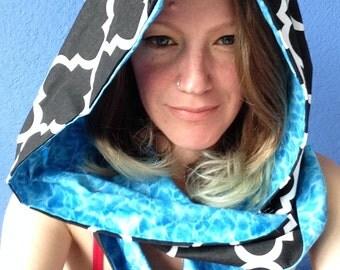 Hooded Scarf - Quatrefoil & Water Ripples