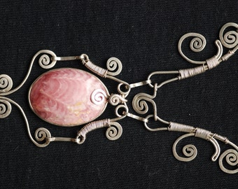 NECKLACE of silver and rhodochrosite