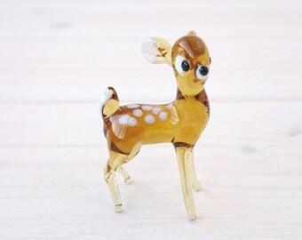 cute deer glass figurine, glass sculpture, glass animals, desk accessories for women, collectible figurine, glass miniature, lampwork