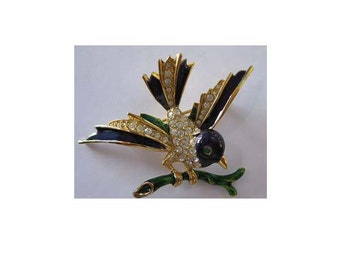 Vintage Signed Sphinx 9924 Rhinestone & Enamel Bird Brooch / Pin