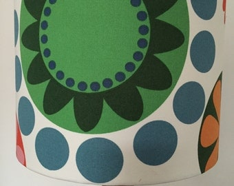 Big (I mean really big !!) Flower Print lampshade