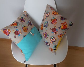 Taupe Cushion cover patterned multicolored owls on a background color