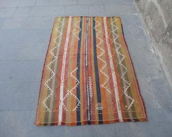 Kilim rug,hand woven Turkish vintage kilim rug,area rug,boho rug,striped design rug ,cottage decor,rustic decor,pileless 61'' x 39'' inches