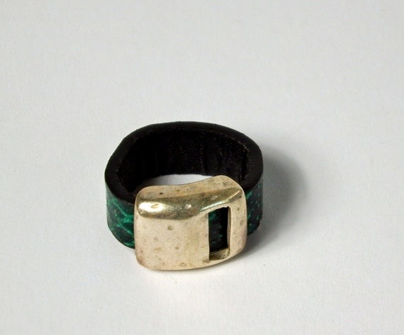 finger leather ring green snake effect with by