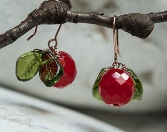 Cherry earrings in Bohemian glass