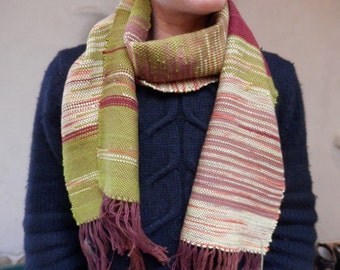 Winter Berry- handwoven scarf